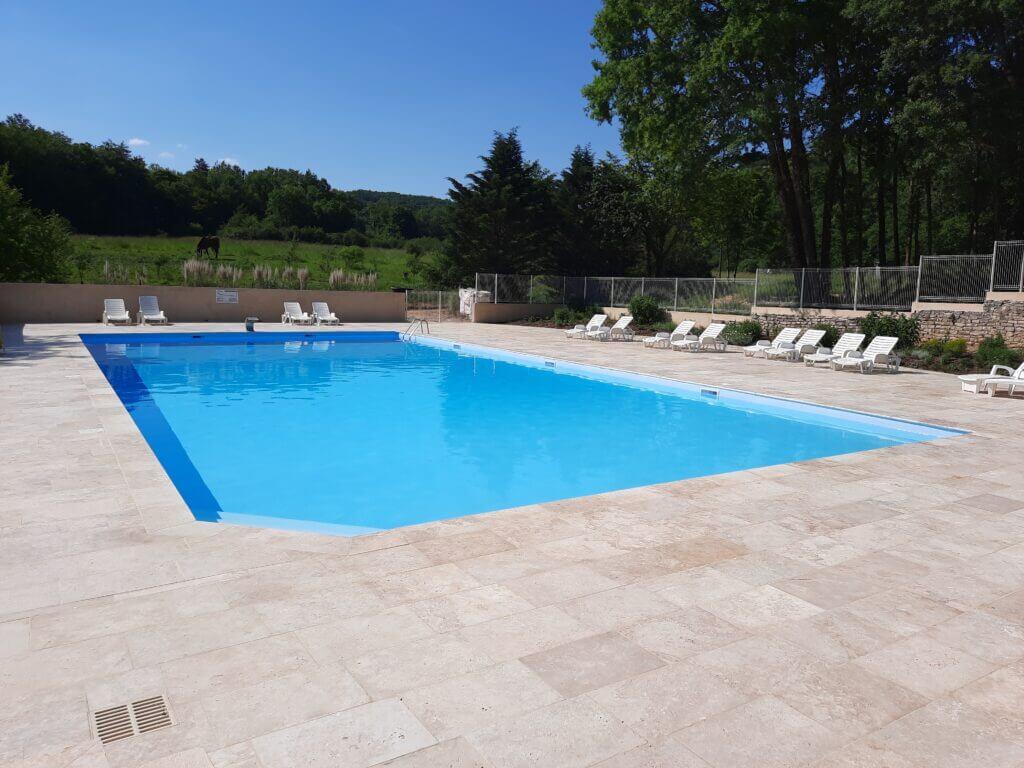 2 piscines neuves
